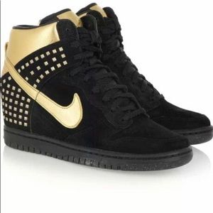 Nike Dunk Sky Hi Wedge Sneaker